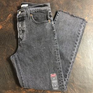 NEW Levi's wedgie straight black jeans size 26